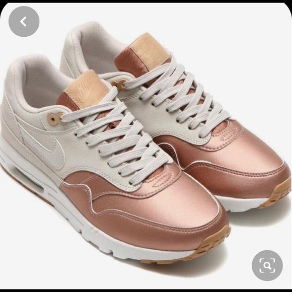 Nike air max 1 rose gold